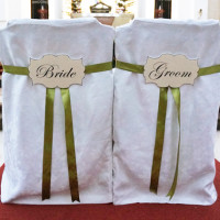 bridalchairs_sign