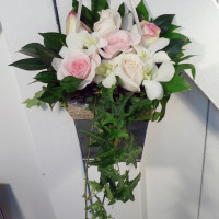 pews_roses&orchids1